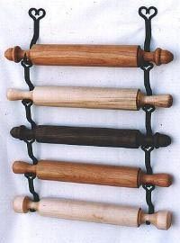 Rolling Pin rack    http://ellm.com/index3.html