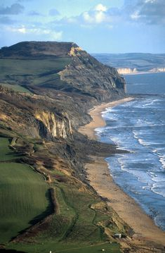 England Travel Inspiration - Stonebarrow slip, West Dorset on the Jurassic Coast, UK. Dorset Coast, England And Scotland, Dorset England, Jurassic Coast, Am Meer, English Countryside, Beautiful Landscapes, Uk Landscapes, Beautiful Beaches