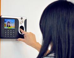 3.5 Inch Color Screen Fingerprint Time Attendance System w/Camera