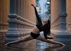 dance photography poses Name the song: quot;I promise that youll never find another like me. Dance Senior Pictures, Dance Picture Poses, Dance Photo Shoot, Poses For Pictures, Dance Photoshoot Ideas, Dance Aesthetic, Nature Aesthetic, Dance Photography Poses, Creative Dance Photography