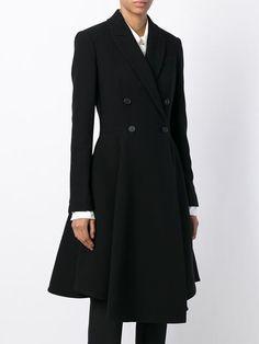 двубортное расклешенное пальто