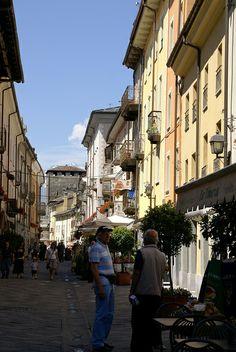 Aosta, Via Sant'Anselmo   Flickr - Photo Sharing!