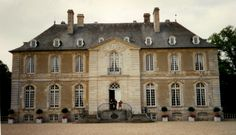 Chateau de Vendeuvre | click on the picture to enlarge