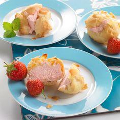 Erdbeer-Mandel-Bällchen Gefüllte Windbeutel mit einer Erdbeer-Sahne zum sommerlichen Picknick