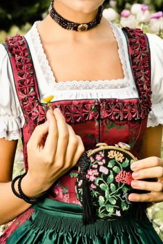 Lena Hoschek Dirndl I want to learn how to do those little triangle bust inserts, not having to buy another pattern would be nice.