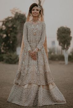 A-Line Wedding Dresses Collections Overview 36 Gorgeou… Pakistani Wedding Outfits, Pakistani Bridal Wear, Indian Bridal, Asian Bridal Dresses, Bridal Outfits, Bridal Anarkali Suits, Walima Dress, Eastern Dresses, Instagram