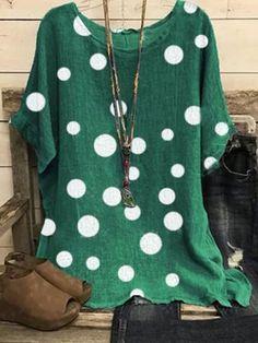 ninacloak.com Green Blouse, Blouse Online, Polka Dot Print, Trendy Tops, Blouse Vintage, Womens Fashion Online, Blouse Styles, Short Sleeve Blouse, Printed Shorts