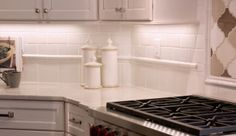 8 Elements of Classic Kitchen Style - No. 5 White Subway Tile