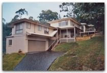Craftsman Homes are a network of hand picked builders constructing high quality residences in Australia. Custom Home Designs, Custom Homes, Tasmania, Home Builders, Ideal Home, Craftsman, Construction, House Design, Mansions