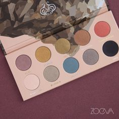 Glam metals. Add an edge to your everyday eye makeup with our Mixed Metals Palette. www.zoeva.de