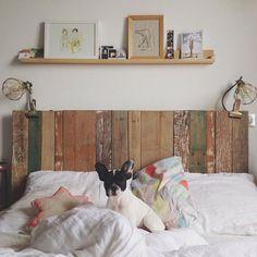 Tête de lit réalisée en palettes / DIY Palets