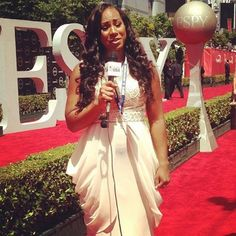 Bobsled Olympian, Jazmine Fenlator was a red carpet correspondent at the 2014 ESPYS.