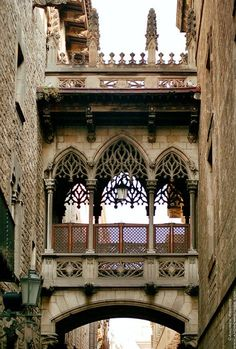 The famous Bridge of Sighs in Barcelona's Gothic Quarter | Barcelona, Catalonia