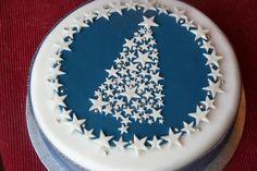 Kerstboom taart met sterren