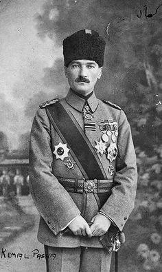 Mustafa Kemal (Atatürk) in his uniform of 'Paşa' (= general). Late-Ottoman, ca. 1919.