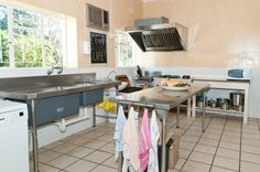 In the kitchen in the main house the guests can cook their delicious meals.