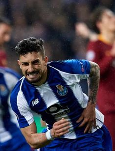Alex Telles, Fc Porto, Sports Images, Best Player, Champions League, Soccer, Wallpapers, Baby, Professional Football