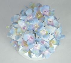 How to make Wired Hydrangea Sugar Flowers with Flower Paste/Gumpaste Tut...