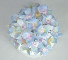 How to make Wired Hydrangea Sugar Flowers with Flower Paste/Gumpaste Tut...