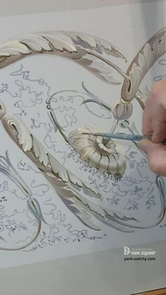 Creative Wall Painting, Wall Painting Decor, Painting Videos, Painting & Drawing, Ornament Drawing, Plaster Art, Painting Techniques, Art Tutorials, Painting Inspiration