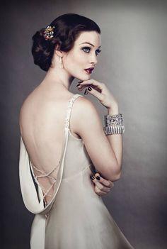 Roaring Twenties - Inspiration for Great Gatsby Wedding Make-up.