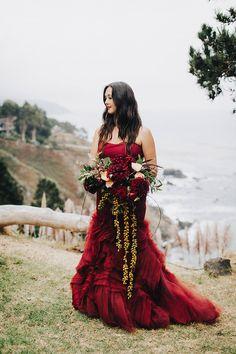 Red Vera Wang wedding dress   Wedding & Party Ideas   100 Layer Cake