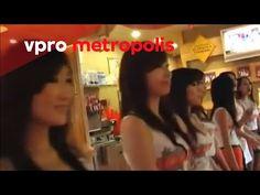 The Hooters-girls of Beijing
