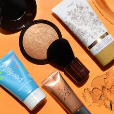 Glow from head to toe. See what we're using to achieve sun-kissed perfection #Sephora #BodyMakeup