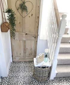 Likes, 80 Comments - Cotswold Cottage Retro Home Decor, Unique Home Decor, Cheap Home Decor, Cottage Hallway, Cottage Living Rooms, Flur Design, Deco Champetre, Home Remodel Costs, Rustic Home Interiors