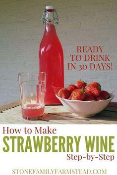 Homemade Wine Recipes, Homemade Liquor, Canning Recipes, Homemade Alcohol, Keto Wine, Strawberry Wine, Homebrew Recipes, Meals In A Jar, Homemade Vanilla