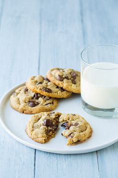 Browned Butter Peanut Butter Oatmeal Chocolate Chip Cookies by @Jaclyn {Cooking Classy}