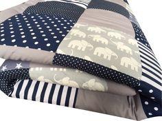 Krabbeldecken - Patchworkdecke Krabbeldecke Babydecke Elefanten - ein Designerstück von babrause bei DaWanda