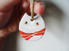 Gatinho de cachecol. Enfeite de árvore de Natal | CoraStore