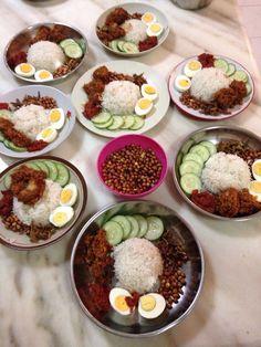Homemade nasi lemak with ayam rendang