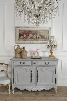 Discover with Eurooo 5 simple tips how to shabby chic your home. Create a harmonious modern shabby chic interior design! French Country Dining Room, French Country Bedrooms, French Country Cottage, French Country Decorating, Country Farmhouse, Country Chic, Country Kitchens, Farmhouse Decor, French Farmhouse