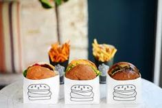 Chef Chloe Coscarelli's by CHLOE restaurant recently opened in Los Angeles serving up vegan food that's changing the fast casual concept. Food Trucks, Vegan Food Truck, Food Design, Food Truck Design, Cafe Design, Burger Bar, Fast Casual Restaurant, Chef Chloe, Gastronomia