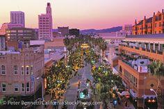3rd Street Promenade, Christmas, Santa Monica, California (LA)