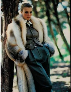Classic Beauty - Love that tight pulled back hairdo...  http://www.royaldressedladies.com/blog/142401-sexy-glamour-girls-in-fur-and-velvet-part-1.html