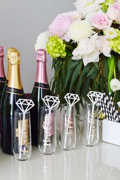 The Ultimate Chicago Bachelorette Party Itinerary - Girls' Night Out — The . - The Ultimate Chicago Bachelorette Party Itinerary – Girls' Night Out — The Ultimate Chicago - Bachelorette Signs, Classy Bachelorette Party, Bachelorette Party Planning, Bachlorette Party, Bachelorette Party Decorations, Bachelorette Weekend, Champagne Campaign Bachelorette, Party Favors, Bachelorette Itinerary