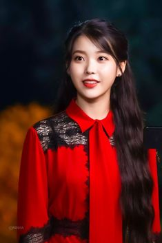 Luna Fashion, Girl Fashion, Iu Hair, Flower Crew, Girl Artist, Cute Girl Photo, Korean Celebrities, Korean Actresses, Beautiful Actresses