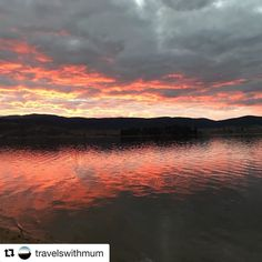 Repost @travelswithmum  Sunset Sunday  Tonight's sunset over Lake Jindabyne was amazing! It had people stopping what they were doing to admire it's beauty!