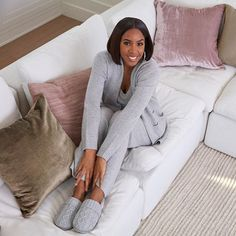 💕 Kelly Rowland, Person Sitting, Must Haves, Two By Two, Fashion Inspiration, November, Slippers, Slip On, Cozy