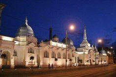Anna fürdő Heart Of Europe, Colourful Buildings, Budapest Hungary, Homeland, Barcelona Cathedral, Taj Mahal, Anna, Country, City