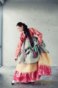 한복 Hanbok by Kyung Lim Hanbok