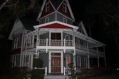 May Stringer House   Brooksville Florida   Haunted Travels USA  According to the staff, weird things started happening at the homw right away. Restoration volunteers heard footsteps and voices in empty rooms.