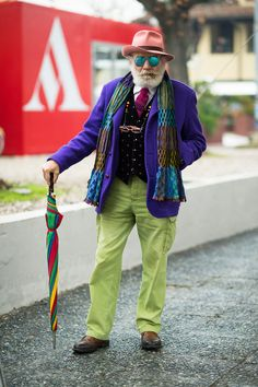 These are NOT street style shots of Wanny Antonio Di Filippo Old Man Fashion, Look Fashion, Mens Fashion, Sharp Dressed Man, Aged To Perfection, Advanced Style, Looks Style, Stylish Men, Divas