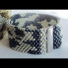 """Bracelet """"Cobra 2"""" Hand-Woven"""