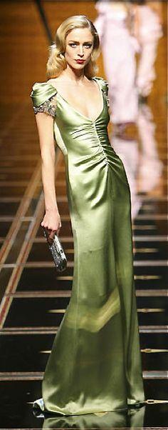 #Farbbberatung #Stilberatung #Farbenreich mit www.farben-reich.com Valentino jaglady