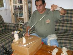 Site about DIY spinning wheels and such.