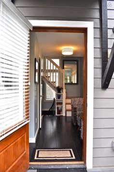 Birdhouse-Downtown-Asheville-Tiny-Living-002a